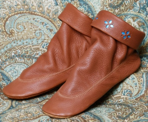 Footskins Teepee American Made  Boots in Saddle