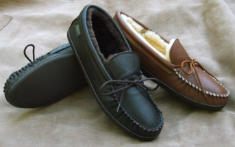 Footskins Mens Molded Sole Sheepskin Slippers   - American Made - Outdoors or Indoors Use