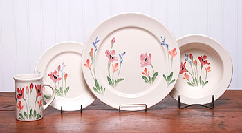 Red Poppy Dinner Set for 4 American Made by Emerson Creek Pottery
