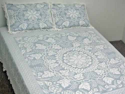 Maine Heritage Weavers Tuscany Bedspread Made in USA