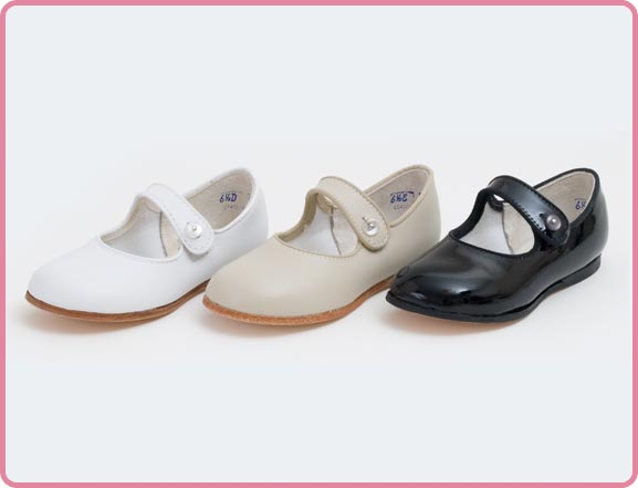 American Made Children's Shoes, American Made Slippers Made in USA, Kids Socks Made in USA, American Made Childrens Snow Boots, Rainboots, American Made Leather Childrens Shoes.